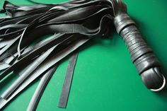 Instructable for a DIY bike inner tube flogger. BDSM has hit Instructables!