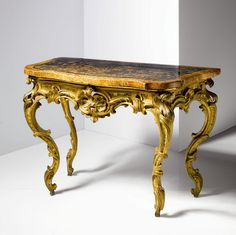 Fine Italian Rococo Period Painted and Parcel Gilt Console Table