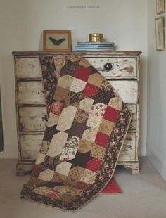 More Layer Cake,Jelly Roll and Charm Quilts: Pam Lintott,Nicky Lintott: 9780715338988: Amazon.com: Books