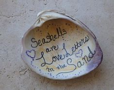 Seashell Art, seashells are love letters in the sand - Cool Crafts Seashell Painting, Seashell Art, Seashell Crafts, Ocean Crafts, Beach Crafts, Fun Crafts, Rock Crafts, Nature Crafts, Summer Crafts