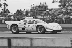 Powered by the iconic aluminum 427 ci Chevy engine, Hall refined the 2D's aerodynamics for the '67 12 hours of Sebring. Hall retained Jennings and Johnson to drive the car. Essentially amateur drivers, they were never able to extract anywhere near the best performance in the car. I believe that Jim Hall made just one unfortunate team decision. Not putting first tier drivers in their second endurance cars in 1967. A Dave Friedman photo.
