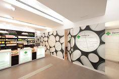 Pharmacy Design | Retail Design | Store Design | Pharmacy Shelving | Pharmacy Furniture | FARMACIA CAMINO SUÁREZ BY iPHARMA, MÁLAGA, SPAIN