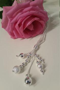 Silver pläterat halsband - Elegant halsband med silver kulor