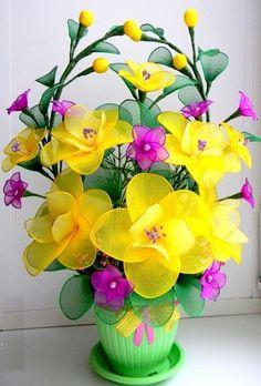 Nylon Flowers, Satin Flowers, Felt Flowers, Diy Flowers, Flower Decorations, Fabric Flowers, Paper Flowers, Fabric Flower Tutorial, Flower Spray