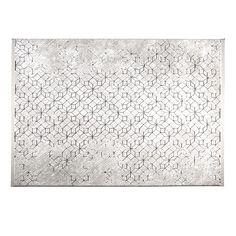 Zuiver Yenga vloerkleed is 230 x 160 cm en verkrijgbaar in twee uitvoeringen. Gebruik je het carpet op een gladde ondergrond? Gebruik dan een antislip onderkleed, dat voorkomt wegglijden!  Materiaal: 60% polypropylene, 40 %polyester