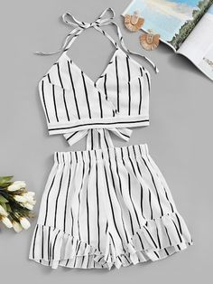 trendy outfits for teens Summer Outfits For Teens, Cute Teen Outfits, Cute Comfy Outfits, Teenager Outfits, Stylish Outfits, Cool Outfits, College Outfits, Girls Fashion Clothes, Teen Fashion Outfits