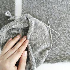 Оттенки✨ 4 тончайшие нити ↪мягчайшее полотно↪Самая Легкая Шапка на свете! ⤵ 100% мягчайший итальянский кашемир  #loropiano #lpcashmere ⤵… Easy Knitting, Fashion, Moda, Couture Facile, Fashion Styles, Fashion Illustrations, Fashion Models