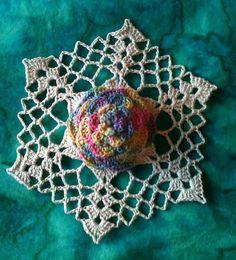 Dahlia Snowflake, antique rainbow colorway