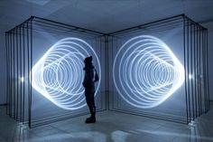 Audio/visual installation Daydream V. 2 explores the relationship between space, light and sound. Image: Nonotak----- x x Audiovisual installation by Noemi Schipfer & Takami Nakamoto, 2013 Interactive Installation, Interactive Art, Light Painting, Neon Lighting, Lighting Design, Luxury Lighting, Chandelier Lighting, Instalation Art, Infinity Mirror