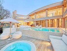 Modern take on outdoor living. Like the multi-level deck