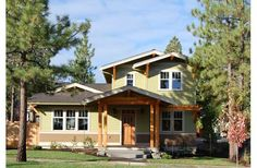Great Craftsman style home.