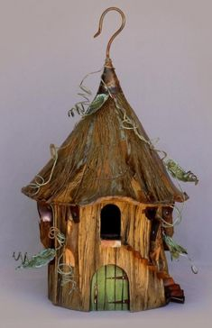 maybe I could make one for her out of driftwood, let me see what I can do.Id love to be 'in' the fairy garden :) fairy house;maybe I could make one for her out of driftwood, let me see what I can do.Id love to be 'in' the fairy garden :) Bird Cages, Bird Feeders, Bird House Plans Free, Diy Pet, Deco Nature, Fairy Garden Houses, Fairy Gardens, Gnome Garden, Gnome House