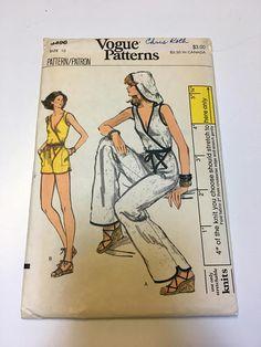 Vtg 70s Jumpsuit Pattern Vogue 9496 Size 10 Uncut Fitted Front