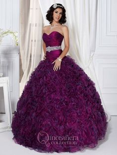 Find quinceanera dresses and vestidos de quinceanera at Quinceanera Moda! Bright quinceanera dresses, zebra quinceanera dresses, custom vestidos de quinceanera!