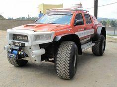 Polar expedition vehicle