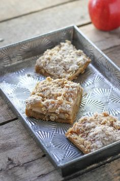 Apple Crisp Bars - F