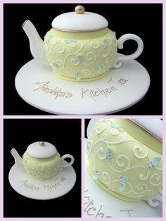 Gold Trim around Tea Pot Cake