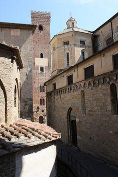 Albenga < Art & Culture on Italian Riviera >
