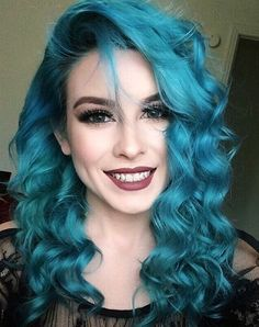 We've gathered our favorite ideas for 16 Top Mermaid Blue Hair Ideas 2018 Trend Lovely Locks, Explore our list of popular images of 16 Top Mermaid Blue Hair Ideas 2018 Trend Lovely Locks in turquoise hair color ideas. Turquoise Hair, Teal Hair, Bright Hair, Pastel Hair, Lilac Hair, Silver Hair, Turquoise Makeup, Doubles Chignons, Dye My Hair
