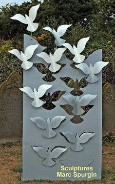 """Find out additional relevant information on """"metal tree art decor"""". Look into our internet site. Metal Wall Art Decor, Metal Tree Wall Art, Wood Wall, Metal Projects, Metal Crafts, Art Projects, Project Ideas, Art Crafts, Welded Art"""