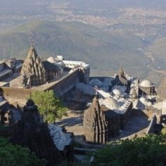 Gujarat Tourism. http://www.indiatemplesinfo.com/india/tourist-places-in-gujarat/