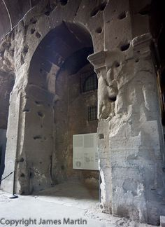 """Introduction to the Roman Colosseum and the new tour that allows access to the floor, """"dungeon"""" and upper level cheap seats.: Notes on the Colosseum Tour"""