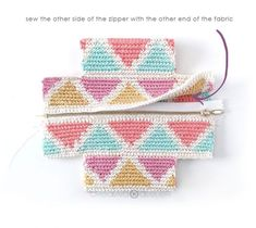 Learn how to make this CUBE Crochet Toiletry Bag usin the Tapestry Technique. FREE Step by Step Tutorial & Pattern. Designed to turn heads! Crochet Pouch, Crochet Chain, Crochet Fabric, Crochet Shoes, Tapestry Crochet, Crochet Gifts, Crochet Stitches Patterns, Crochet Designs, Stitch Patterns