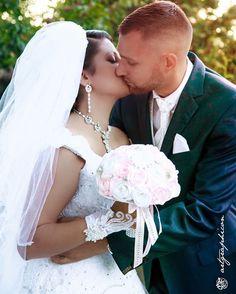 """Love U 4ever / human series #artgraphicon #kolyveklena #love #wedding #weddingphotography #photo #weddingphoto"" by @artgraphicon. #eventplanner #weddingdesign #невеста #brides #свадьба #junebugweddings #greenweddingshoes #destinationweddingphotographer #dugunfotografcisi #stylemepretty #weddinginspo #weddingdecor #weddingstyle #destinationwedding #weddingflowers #weddingdetails #luxurywedding #engagement #theknot #prewedding #engaged #weddingplanning #weddinginspiration #weddingphotographer…"