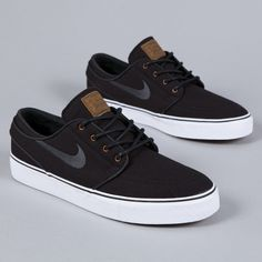 Nike SB | Zoom Stefan Janoski Black Anthracite Light British Tan. Ugh so gorgeous