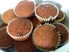 I know, actual cooked quinoa IN the muffins. but really give them try, it's great way to add some whole grains into your diet. It's also best to make sure you cook the quinoa well so that it's not too moist and sticky. Pumpkin Quinoa, Canned Pumpkin, Pumpkin Bread, Pumpkin Pie Spice, Quinoa Muffins, Quinoa Bites, Healthy Muffins, Quinoa Salad, How To Cook Quinoa