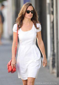 Vestido branco. Pippa Middleton.
