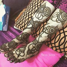 "909 Likes, 177 Comments - Twins❤ (@twins_henna) on Instagram: ""عروستي الجميلة #حناء_عروس """