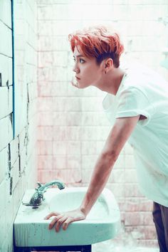 "鹿晗 Luhan ""On Fire"" MV"