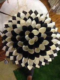 Paper Wreath / Dahlia by Paper J