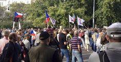 Demonstrace Úsvitu s Blokem proti islamizaci Poslední výkřiky před volebním propadákem - Reflex