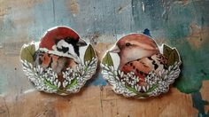 A pair of British hedgerow brooches that were flown out to South Africa. Mr and Mrs House Sparrow, peeping out of the privet hedge.
