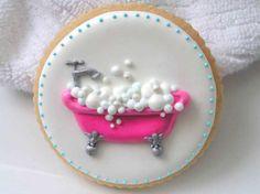 Cute cookie :) #bathtub #yummy