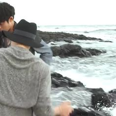 Lmao the waves scared them