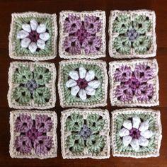 Kleine Granny Squares - häkeln - gehäkelt - crochet - ganchillo - uncinetto