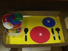 http://atendiendonecesidades.blogspot.com.es/2012/11/material-teacch-y-otras-ideas.html