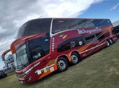 Nice Bus, Luxury Bus, Bus Coach, Motorhome, Dream Homes, Cars And Motorcycles, Random Things, Coaching, Pasta