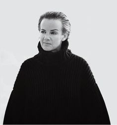 THE QUEEN OF CLEAN  After allowing her namesake fashion line to be absorbed by her biggest competitor and steered by other designers, Jil Sander is back at the helm to finish what she started. But can she restore her reign over minimalism?