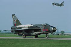 Lightning F Mk6 Military Jets, Military Aircraft, Fighter Aircraft, Fighter Jets, Electric Aircraft, War Jet, Aircraft Photos, Royal Air Force, Royal Navy