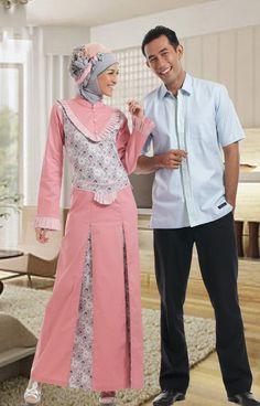 Itulah beberapa model baju terbaru yang dapat Anda jadikan inspirasi serta referensi dalam memilih baju untuk menghadiri pesta.