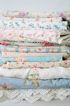 """What is it about this fabric that feels like your childhood (good) memories... I can feel and smell them....aww...it just ever so slightly screams 'I'm adorable and cozy"""""""