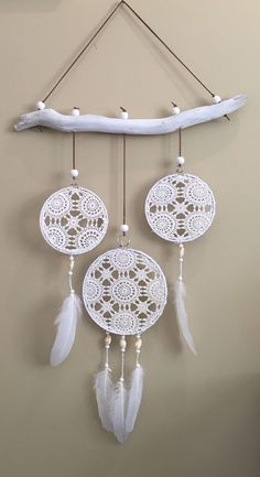 20 Unicorn Dream Catcher Diy for Decoration in Your Home - Doily Dream Catchers, Dream Catcher Decor, Dream Catcher Boho, Doilies Crafts, Crochet Doilies, Doily Art, Crochet Dreamcatcher, Crochet Home, Diy Crochet