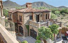 Tuscan design – Mediterranean Home Decor Tuscan Style Homes, Mediterranean Style Homes, Mediterranean Architecture, Spanish Style Homes, Tuscan House, Architectural Styles, Tuscan Design, Stone Houses, Home Fashion
