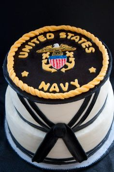 I like this US Navy cake. It has the Navy's dress with the US Navy emblem. Possible idea for my sons Graduation / US Navy Going Away party. Navy Mom, Us Navy, Navy Life, Navy Sister, Navy Girlfriend, Military Cake, Military Party, Military Retirement, Navy Military