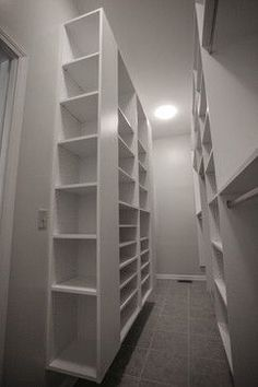 Narrow Walk In Closet Design Ideas, Pictures, Remodel and Decor - http://www.homedecoz.com/home-decor/narrow-walk-in-closet-design-ideas-pictures-remodel-and-decor/