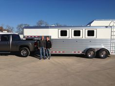 Congratulations to Sid Cooley on the purchase of his 2013 4-Star he bought from Dan Irey and Chris Hodges at Wayne Hodges Trailer Sales in Weatherford, Texas!!  800.994.6343